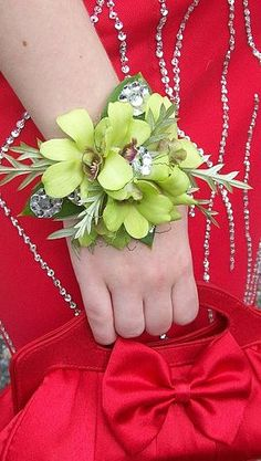 Worcester florists - Sprout: Prom Flower Do's & Don'ts