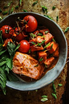 Paleo Red Curry Braised Salmon with Sweet Potatoes - Heather Christo Shellfish Recipes, Seafood Recipes, Paleo Recipes, Alkaline Recipes, Delicious Recipes, Paleo Diet Menu, Salmon And Sweet Potato, Clean Eating, Healthy Eating