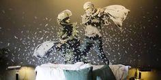 Banksy apre l'albergo con la peggiore vista sul mondo (FOTO e VIDEO)