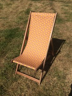 Waggle Dance vintage deckchairs {perfect for summer}