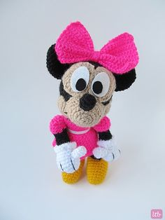 Little Things Blogged: {Amigurumi Minnie Mouse}