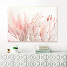 A beautiful Protea print, with soft blush pink tones, perfect for your beautiful home. You can download and print this file instantly, giving you the flexibility to print at a variety of sizes up to (A1) 33.1 X 23.4 or 20 x 30 inches.