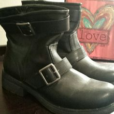Cute ankle boots These are really cute boots with buckle silver detail across the top & top of ankle - no scuffs & the soles are still in great shape- worn a few times this summer as my motorcycle riding boots -  nothing wrong with these, just bought new ones! Also, I will clean these really well before sending Arizona Jean Company Shoes Ankle Boots & Booties