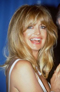 """Goldie Hawn is a beloved Hollywood star who has been a household name ever since appearing on """"Rowan... - Rex USA"""
