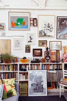I love this London apartment tour from The Selby's archives. What I really love is that Marigold kitchen wall. I could do w...