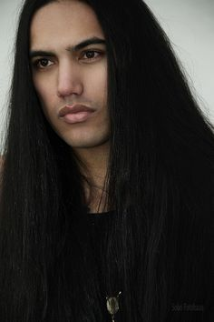 Actor/Model, Will Rayne Strongheart. Native American Models, Native American Beauty, Native American Indians, Beautiful Long Hair, Gorgeous Men, Indian Male Model, Very Long Hair, Good Looking Men, Long Hair Styles