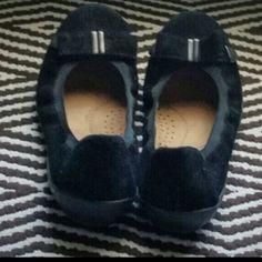 Natural Soul, black ballet flats. Size 9. Natural Soul. Ballet flats with cute bow detail. Black. Size 9. Worn once. Natural Soul Shoes Flats & Loafers