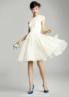 dress, dress image, fashion, image, moda, photo, picture, white dress, style http://www.womans-heaven.com/white-dress-image-32/