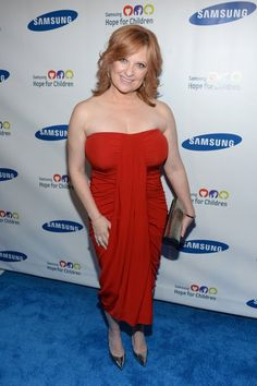Photos: Caroline Manzo, Chris And Jacqueline Laurita, Kris Humphries, Vinny Guadagnino, Attend Samsung Hope For Children Gala Caroline Manzo, G Hair, Strapless Dress Formal, Formal Dresses, Bra Cup Sizes, Real Housewives, Oc, Hair Beauty, Photos