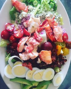 Some people would say this is too pretty to eat but I'm not one of those people. Lobster Cobb you were delicious! There's just no way you can tell me that #fatlossfriendly is a sacrifice! This was pure pleasure!  #primalpotential