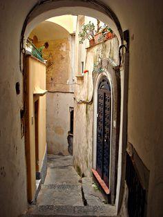 The streets of Capri #Italy #Italia