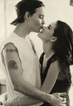 Johnny Depp & Winona Ryder I believe he changed the Winona Forever tattoo to Wino Forever Johnny Depp Winona Ryder, Winona Ryder Young, Winona Ryder Movies, Winona Ryder Style, Young Johnny Depp, Winona Forever Tattoo, Forever Young Tattoo, Pretty People, Beautiful People