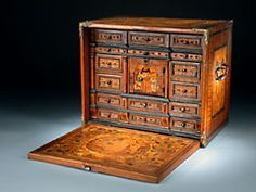 Seltenes und reich gestaltetes Kabinettkästchen