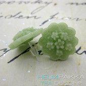 Vaaleanvihreät niittykukkaset