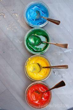 Vinegar Baking Soda ~ Paint Experiment