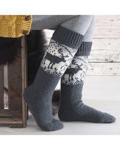 Crochet Socks, Knitting Socks, Knitting Ideas, Comfy Socks, Crochet Woman, Knee High Socks, Christmas Knitting, Fun Projects, Mittens