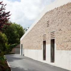 TAKA+completes+brick+and+concrete++pavilion+for+a+Dublin+cricket+club