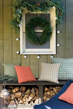 13 Ways to Add Holiday Flair to Your Front Porch in Ten Minutes: Dress Up Your Bench