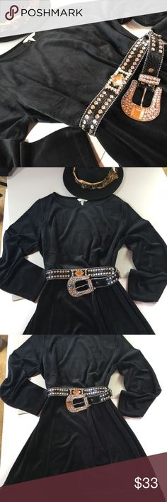 Soma Velour Black Contour Dress NWT Soma black dress velour, dress me up or down.  Add a Jean jacket belt me, and buy me. 👄 Soma Dresses Midi