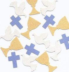 Communion Decorations for Boys in your choice of colors - Chalice Dove Cross Confetti by SetToCelebrate First Communion Decorations, Baptism Decorations, Baptism Cake Pops, Baby Dedication, Communion Cakes, Party Mix, First Holy Communion, Christmas Deco, Diy Craft Projects