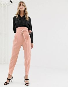 Find the best selection of ASOS DESIGN high waist balloon tapered pants. Shop today with free delivery and returns (Ts&Cs apply) with ASOS! Women's Fitted Suit, Ladies Trouser Suits, Chic Fall Fashion, Spring Fashion, Fashion Pants, Fashion Outfits, T Dress, Tapered Trousers, Online Fashion Stores