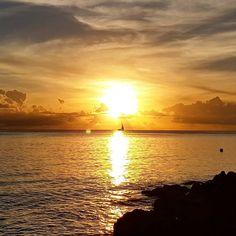 Catching a snap of last night's sunset from the beach. #sunset #sunset #stpetersbay #travel #travelpics #traveler #beach #beachstagram #barbados #carribean #nature #yacht #sea #travelgram #instatravel #holiday #watercolor