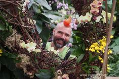 Master Florist Henck Röling, pictured with the elephant he created for the 2018 Orchid Festival, at the Royal Botanic Gardens Kew. Henck created this delightful elephant from twigs and prunings which were woven together with Phalaenopsis and Oncidium orchids. Kew Gardens, Botanical Gardens, Water Dragon, Fortnum And Mason, Garden S, Cut Flowers, Floral Arrangements, Art Work, The Good Place