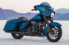 2018 Harley-Davidson Street Glide Special Anniversary: Touring doesn't get any more custom than this. The Anniversary Street Glide Special is a top-end touring machine with a look that's as amplified as [. Harley Davidson Sportster, Harley Davidson Street Glide, Harley Davidson Touring, Harley Davidson Motorcycles, Harley Bagger, Harley Bikes, Street Glide Special, West Coast Choppers, Cars