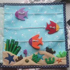Quiet book fish page Diy Busy Books, Diy Quiet Books, Baby Quiet Book, Felt Quiet Books, Quiet Book Templates, Quiet Book Patterns, Baby Crafts, Felt Crafts, Crafts For Kids