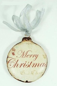 Love this ♥ but would use a red ribbon...  :)
