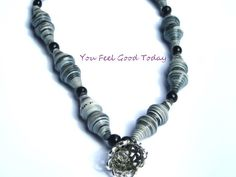 Black Friday Necklace with pearls in shades of gray paper suitable for all occasions - €13.60 EUR