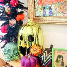 It's an added bonus when guests at your Halloween party are also crafty lifestyle bloggers that take amazing pictures. Thanks again @kailochic #halloweenwithjen #pumpkinideas #halloweentree