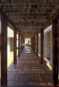 Get Surfing with Grupo Habita's Escondido Hotel in Mexico Tropical Architecture, Architecture Design, Beach Resorts, Hotels And Resorts, Piscina Interior, Bamboo Design, Hotel Interiors, Patio Roof, Mexico