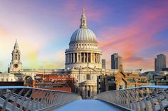 Saint Paul's Cathedral #London http://www.nyhabitat.com/blog/2014/10/06/top-5-spots-watch-sunset-london/