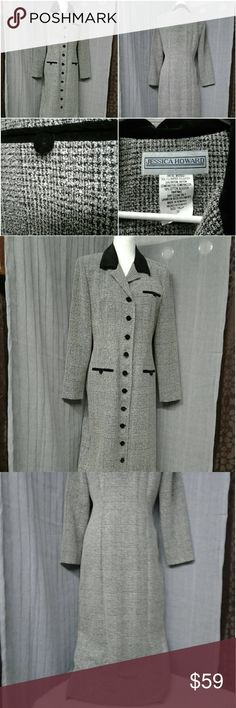 Stunning Jessica Howard coat dress size 10 Beautiful black and white with black velvet buttons collar and look alike pockets materials are 75% polyester 25% rayon combination is 100% cotton size 10 measurements laying flat armpit to armpit is 20 inches length from shoulder down is 51 inches The tag says dress but I wear this as a coat very classy and comfortable Jessica Howard Dresses