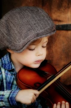 The violinist - photo by shelbi lynn photography - Too cute!