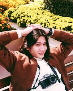 Seoul 🇰🇷 Mate #FujifilmPHxGil #FujifilmXT100 #ShowMeYourWorldXT100 Lee Hyun, We Bare Bears, Seoul, Character Inspiration, Short Hair Styles, Babe, Couple Photos, Men, Bob Styles