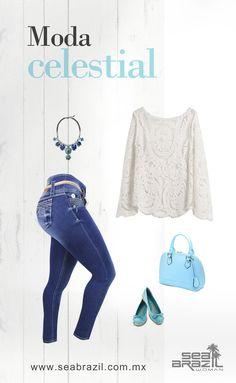 Atrévete a lucir espectacular con esta idea de moda en color azul cielo. Tendrás todas las miradas.  #SeaBrazil #Jeans #Moda #Tendencia