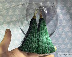 DETAILS ░ Tassel earrings, silk earrings, green earrings, long earrings, bunch earrings, gold earrings, emerald earrings, fancy earrings, festive earrings, tassel silk earrings, thread earrings, green tassel earrings, emerald tassel earrings, cascade earrings, green tassels, earrings with