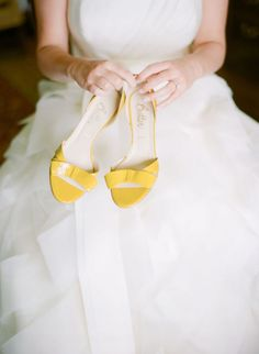 yellow wedding shoes http://girlyinspiration.com/