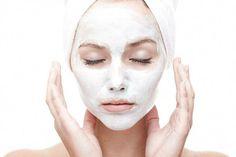 Aspirin Face Mask: Benefits + Top 5 Face Mask Recipes #FaceMaskForSpots Aspirin Face Mask, Clay Face Mask, Face Masks, Tumeric Masks, Tumeric Face, Face Mask For Spots, Charcoal Mask Peel, Avocado Face Mask, Honey Face Mask