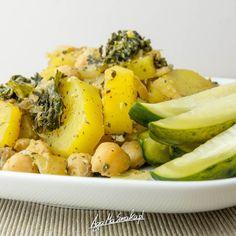 szybkie i zdrowe dania jednogarnkowe bez glutenu ziemniaki zapiekane z ciecierzycą i jarmużem Aga, Potato Salad, Diet Recipes, Healthy Lifestyle, Lunch Box, Potatoes, Meals, Dinner, Cooking