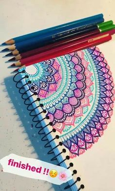 Best Picture For dream catcher Mandala Drawing For Your Taste You are looking for something, and it Mandala Doodle, Easy Mandala Drawing, Mandala Art Lesson, Mandala Artwork, Doodle Art Drawing, Pencil Art Drawings, Art Drawings Sketches, Easy Drawings, Drawing Ideas