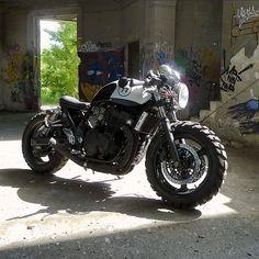 Suzuki Inazuma cafe cross by Kal Design Motor Retro Bikes, Cafe Bike, Cafe Racer Bikes, Scrambler Motorcycle, Motorcycle Helmets, Cb 300, Chopper, Tacoma Truck, Vespa