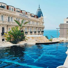 3.14 Hotel Cannes France #hotelsandresorts In the heart of Golden Triangle in #Cannes just 50 m from La Croisette and 300 m from the Palais des Festivals the hotel 3.14 CANNES offers an extraordinary experience. To each floor of the 3.14 CANNES corresponds to a universe representing one of the five continents.#314cannes __________________________________ by hotelsandresorts