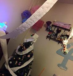 Elf's toilet paper room