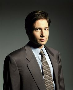27 Sexy Pictures of The X-Files' Fox Mulder That Will Have You Seeking the Truth