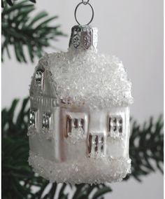 Sklenený domček 444/978/3ks-104 Snow Globes, Christmas Ornaments, Holiday Decor, Glass, Holidays, House, Home Decor, Holidays Events, Decoration Home
