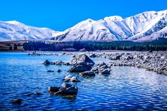 Another beautiful day in New Zealand's winter. This is Lake Tekapo in the middle of the South island. Wish we stayed longer! Travel Advice, Travel Guides, Travel Tips, New Zealand Winter, Lake Tekapo, Top Country, South Island, Digital Nomad, Adventure Travel