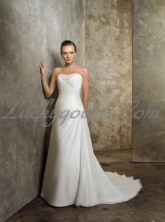 Pure Mermaid Sweetheart Neckline Embroidered Wedding Gowns